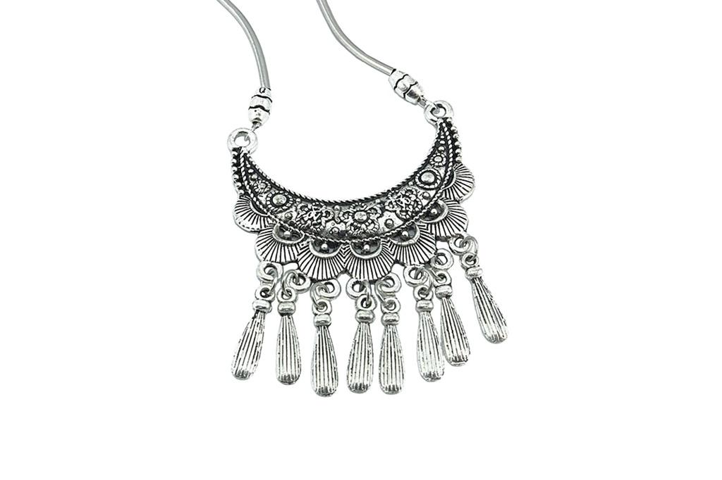NN1000021-1-crescent-moon-dancers-necklace