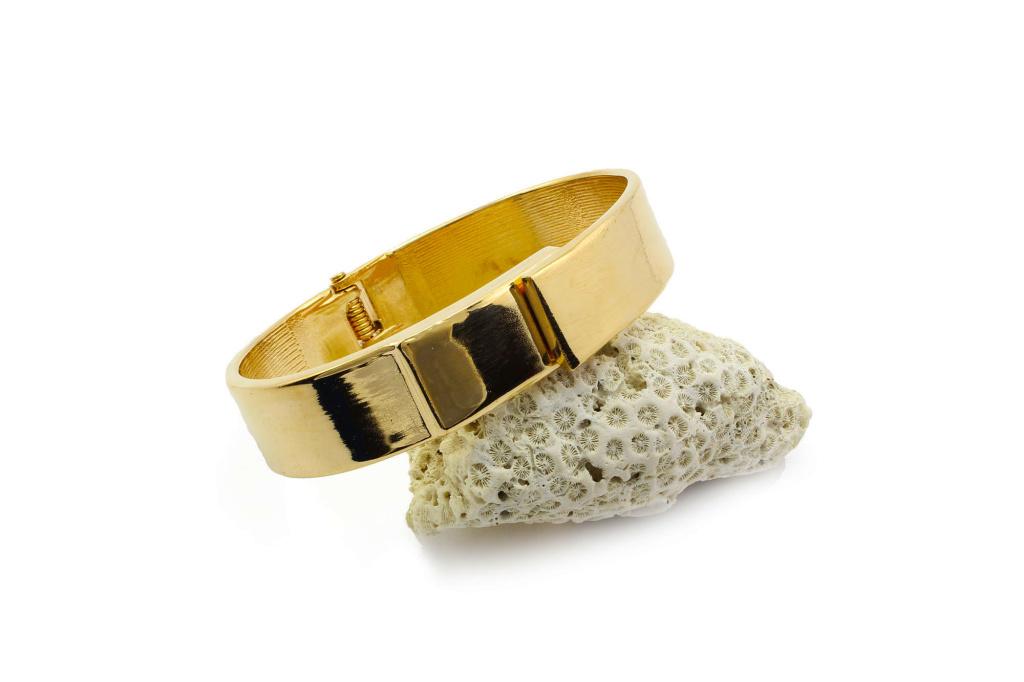 bb1000018-1-goldie-boldie-hinge-bracelet