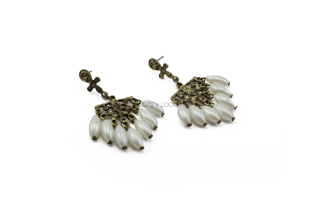 ee1000005-royal-drop-pearl-earrings