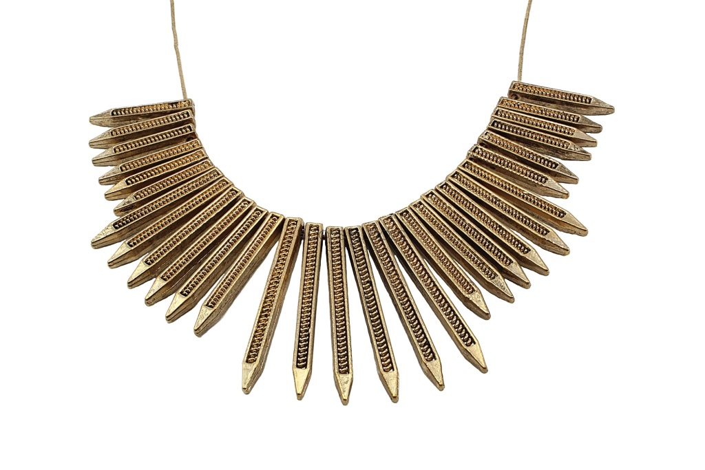 nn1000013-rivets-and-bullets-necklace