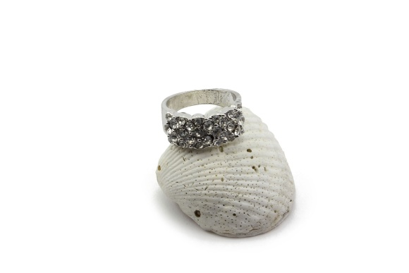 rr1000005-002-luxy-rhinestone-ring